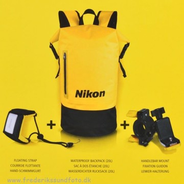 Nikon Outdoor Accessory kit