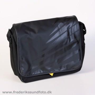 Nikon SLR Taske CF-EU8