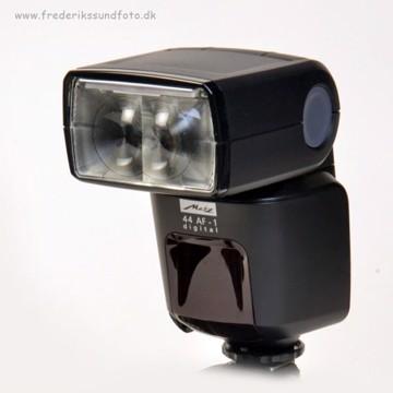 Metz 44 AF-1 digitalflash t/Nikon