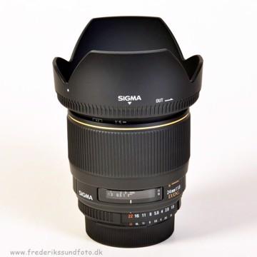 Sigma 24mm f:1,8 DG EX Macro til Nikon