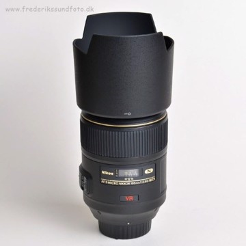 NIKON AF-S VR Micro 105mm f:2.8G IF-ED *Casback
