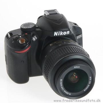 BRUGT Nikon D3200 m/18-55mm VR